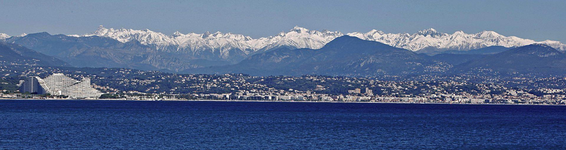 Azurblaues Skivergnügen in Nizza und Umgebung